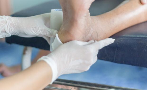diabetic neuropathy foot pain